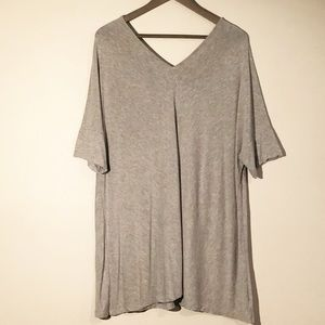Kenar Woman Gray Short Sleeve V-neck Top